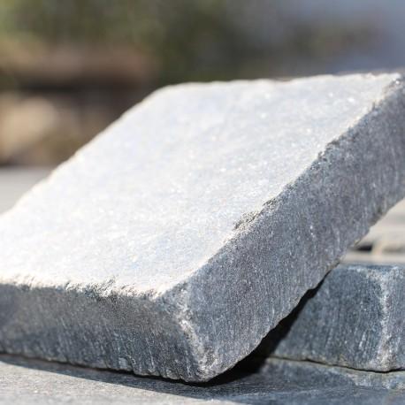 Granit noir, gris ou marron